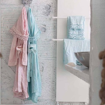 Bathrobe prej liri me kapuç dhe poezi, Dizajn luksoz në 2 ngjyra - Kalaja