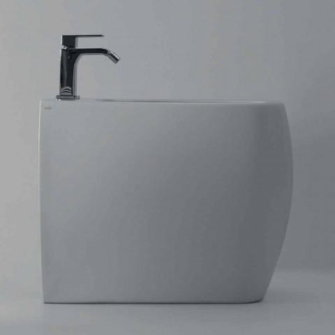 Bidet i bardhë qeramik me një model modern Gais, i bërë në Itali