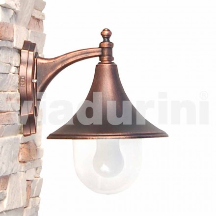 Llambë muri në natyrë e bërë me alumin alumini të ngordhur, e bëri Italinë, Anusca