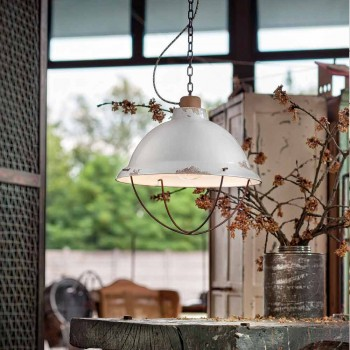 Llamba artizanale pezullim dizajni industrial Clara