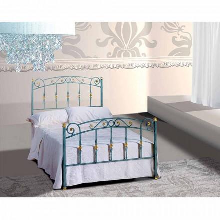Diamante me shtrat të vogël dyshe me hekur të punuar