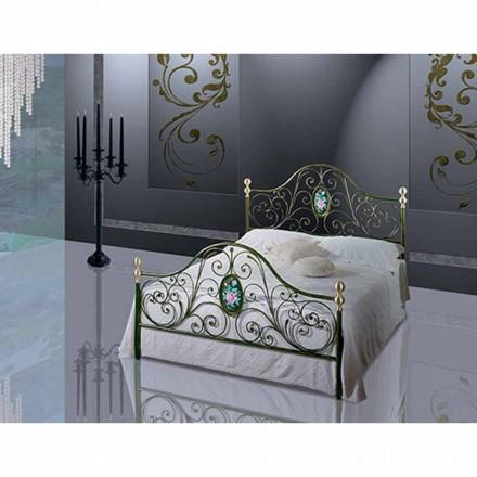 Turchese me shtrat të vogël dyshe me hekur të punuar