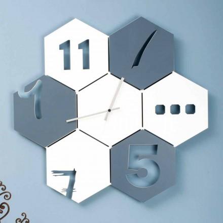 Ora me mure të mëdha në Dizajnin Gjashtëkëndor Moderne Gjashtëkëndor me Ngjyra - Nidodape