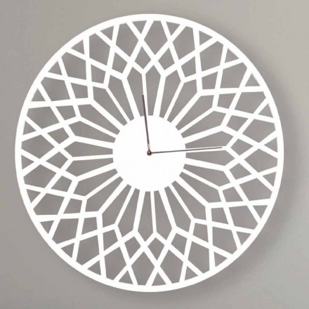 Ora me mure të mëdha dhe moderne të projektimit në dru të rrumbullakët - Dandalo
