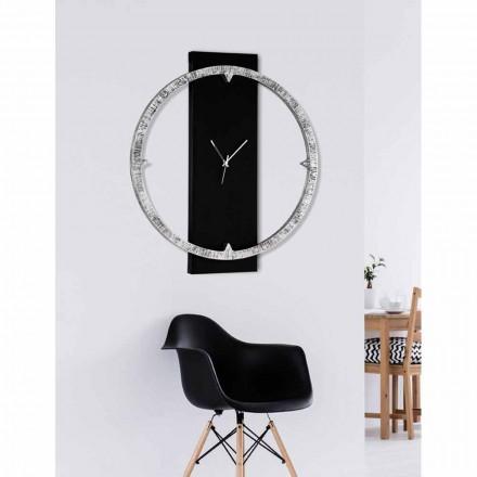 Ora e murit Agostino, e bërë në Itali, në dispozicion dy kombinime ngjyrash