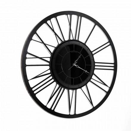 Ora e murit të pasqyruar me modele hekuri të bërë në Itali - Gioele