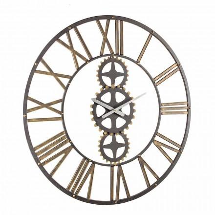 Orë e madhe muri në stilin e cilësisë së mirë në çelikun lëvizje - maj