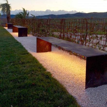 Punë e jashtme e punuar me dorë në çelik me dritë LED prodhuar në Itali - Magdalena