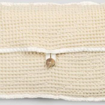 Çantë tufë pambuku me huall mjalti natyral me ngjyrë të bardhë me butonin Nënë e Perla - Anteha