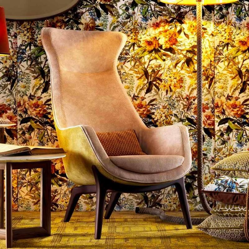 Kolltuk Bergére në pëlhurën e projektimit Grilli Wilde bërë në Itali