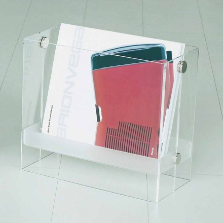 Raft i revistës moderne Tanko, i bërë nga metakrilate transparente