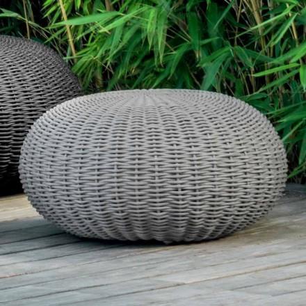Pouf të mesëm dhe xhaketë të rrumbullakët nga Talenti për natyrë në kordonin sintetik