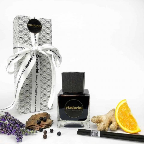 Aromë shtëpiake Xhenxhefil piper i zi 200 ml me shkopinj - Viaduriniinblack