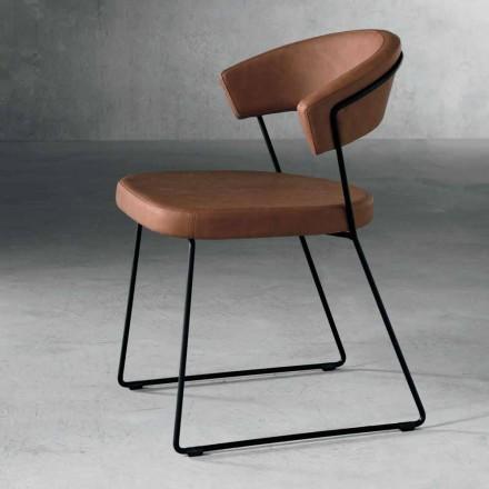 Karrige projektimi në tekstil dhe metal të prodhuar në Itali, Formia