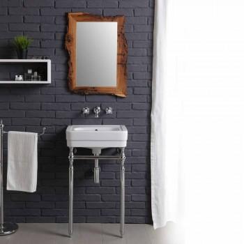 Banjë e vendosur me lavaman në kornizë dhe pasqyrë në brikol krijues