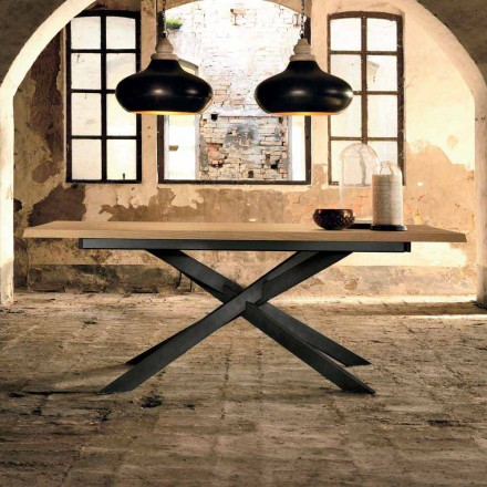 Dizenjoni tryezë të zgjatshme në dru lisi të bërë në Itali, Oncino